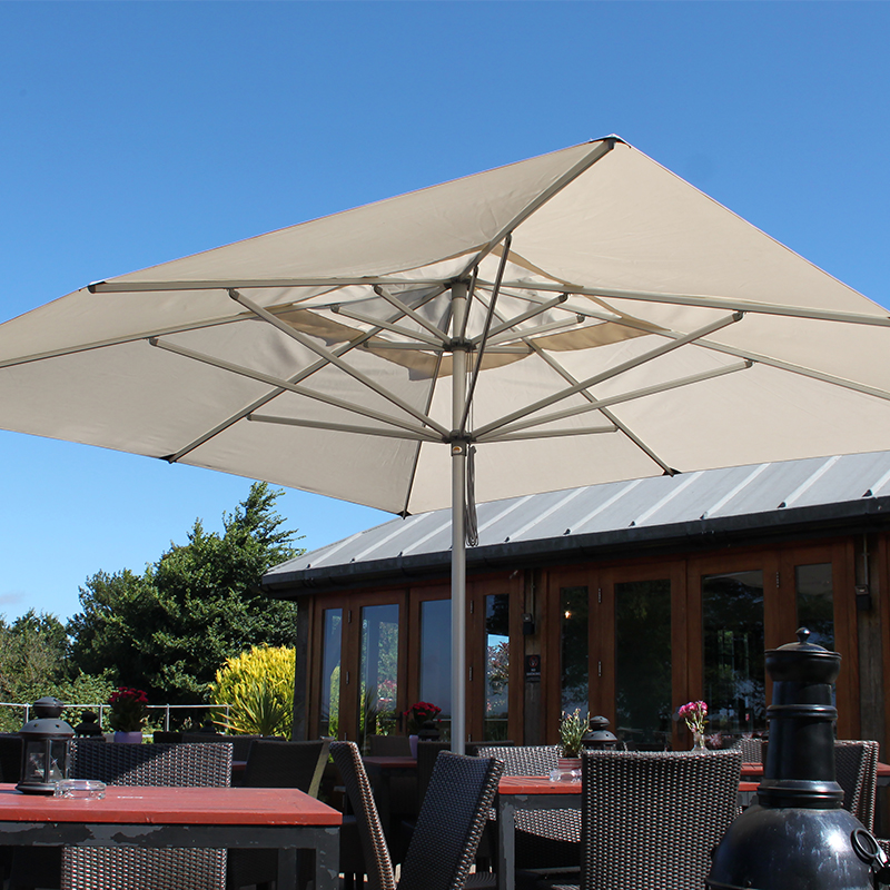 hurricane-resistant-parasol-shading-garden-table